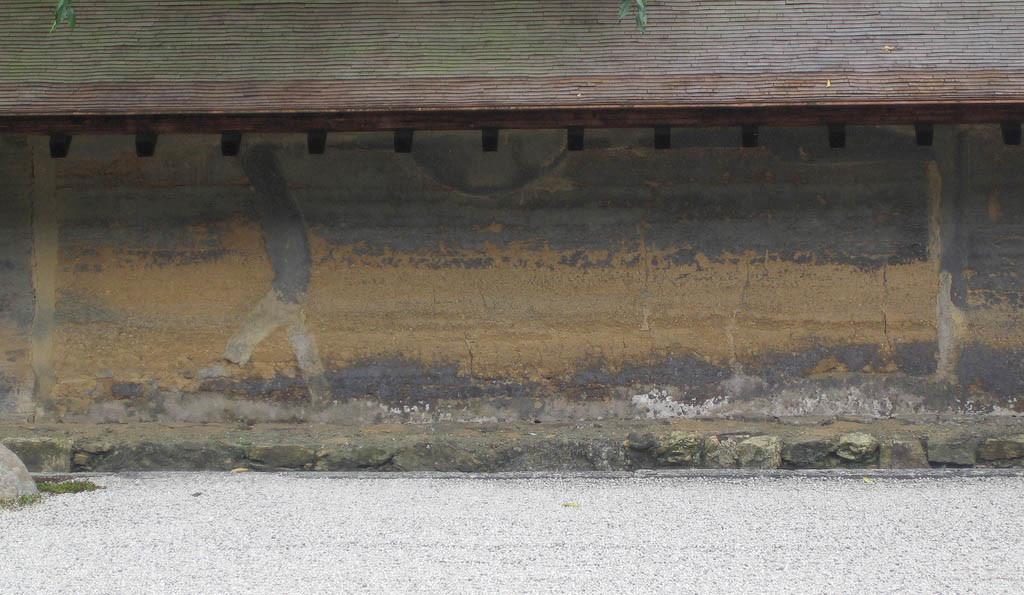 ryoan ji zen garden wall